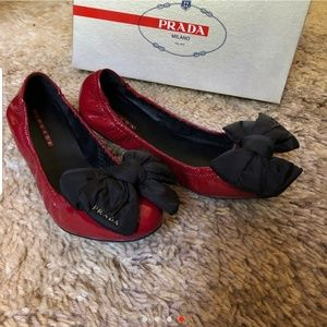 PRADA BEAUTIFUL BALLERINA FLATS BOW LIKE NEW
